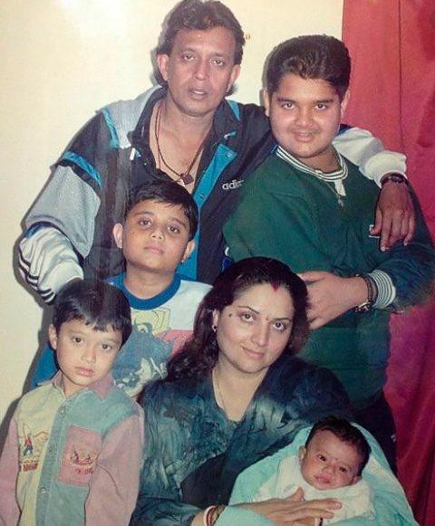Митхун Чакраборти и его семья