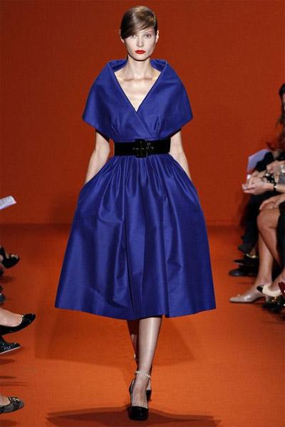 синее платье ретро