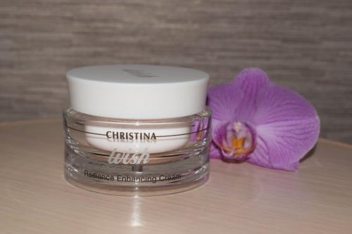 Christina Radiance Enhancing Cream - омолаживающий крем для лица
