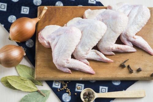 Сколько варить куриные крылышки